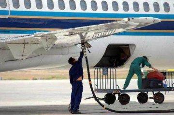 中國將國內航線旅客運輸燃油附加起征點提高至5000元