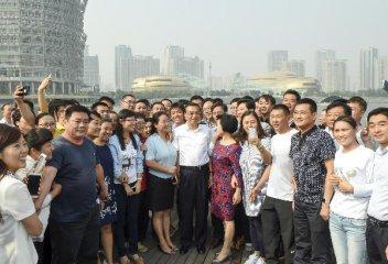 中國推出新一批簡政放權放管結合改革舉措