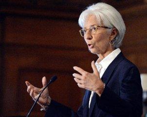 IMF维持2015年中国经济增长6.8%预测不变