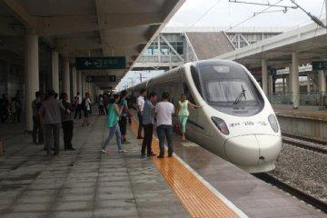 广东拟建高铁贯穿梅州河源广州肇庆湛江
