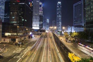 梁振英:香港今年住宅楼宇供应量大幅增加