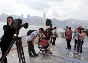 香港旅游业积弱9月零售业销货价值同比跌6.4%
