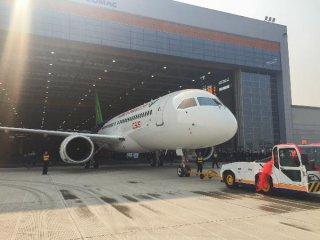 空客等全球航空工業巨頭祝賀C919下線