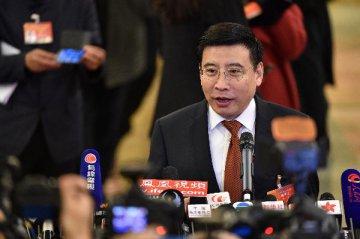 """苗圩:33個""""中國製造2025""""專項規劃明年出臺"""