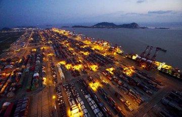 """中远集团马泽华:""""一带一路""""为航运业复苏带来新机遇"""
