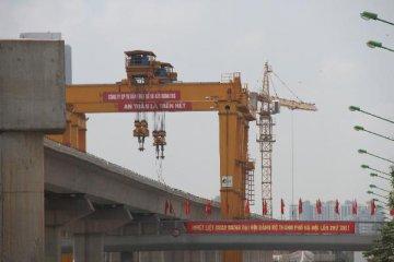 """打造支撑中国经济增长的""""混合动力体系""""--访华夏新供给经济学研究院院长贾康"""