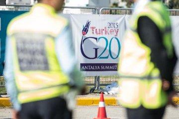 巴黎恐怖袭击震惊全球 G20探寻动荡世界的选择