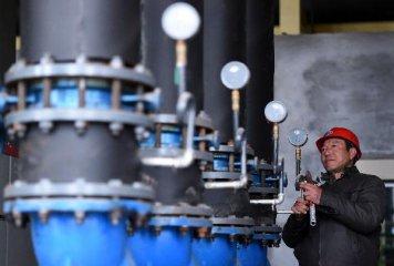 """商务部官员:""""十三五""""中国油气对外依存度将达67%"""