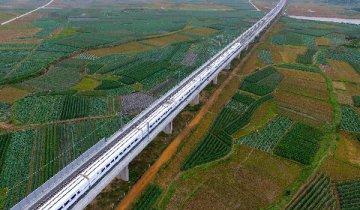 广东拟投两千亿元加强铁路建设