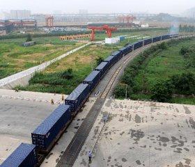 發改委:2015年四季度鐵路貨運量降幅收窄
