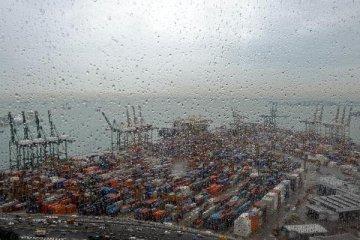 1月我國國際收支口徑的國際貨物和服務貿易順差350億美元