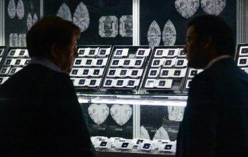 第三十三屆香港國際珠寶展揭幕 玉飾及珍珠較受青睞
