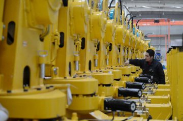 2月财新服务业PMI降至51.2 业界信心上升
