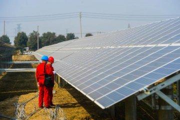 可再生能源建設提速 風電光伏業高景氣可期