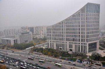 发改委:1-2月全国固定资产投资同比增长10.2%