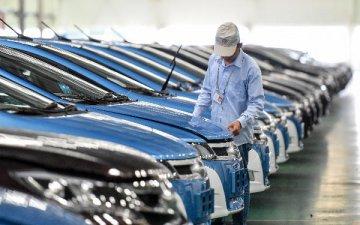 新能源車產銷前四月增速超一倍 行業景氣望延續