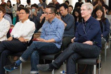 苹果CEO库克:中国开发者在苹果商店营收超70亿美元