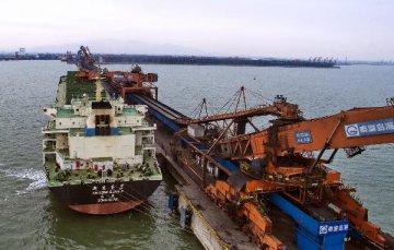 1-4月全国规模以上港口完成货物吞吐量同比增2.2%