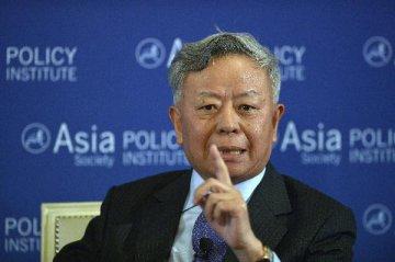 """亚投行行长金立群:亚投行将进一步促进""""一带一路""""发展"""