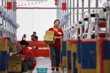 6月中国物流业景气指数升至55.5% 实体经济向好发展