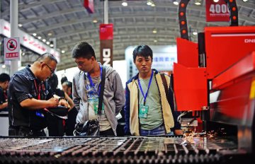 统计局:8月规模以上工业增加值增长6.3%