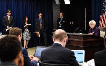 投行热议美联储决议 12月加息呼声大涨