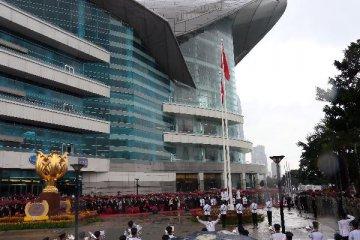 """梁振英:""""一国两制""""双重优势促香港专业服务蓬勃发展"""