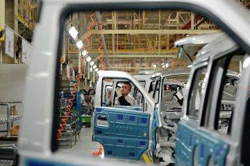12家整车企业近八成净利预增 高利润零部件被外资垄断