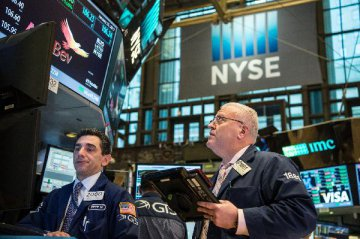 美股历史新高背后:投资者在买哪些股票