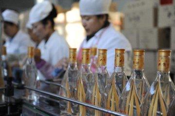 行业整体效益转好 次高端白酒获增长空间