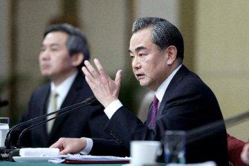 """外交部部长王毅:20多位国家元首和首脑将出席""""一带一路""""高峰论坛"""