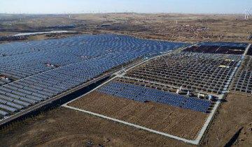 一揽子政策助推 光伏发电潜在规模将超万亿元