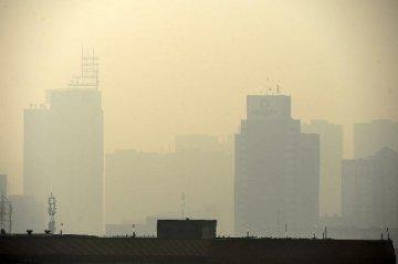 李克強:國家將設立專項基金研究霧霾形成因素
