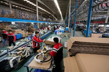 4月财新制造业PMI降至50.3 为去年9月来最低