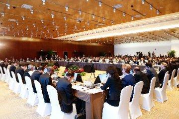 """""""一帶一路""""國際合作高峰論壇""""政策溝通""""平行主題會議簽署32個合作協定"""