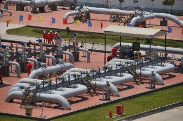 中缅原油管道(缅甸段)投产成功