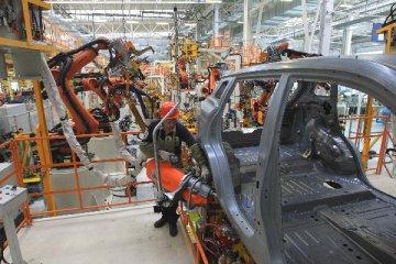 商務部:擬放開汽車電子等領域外資股比限制