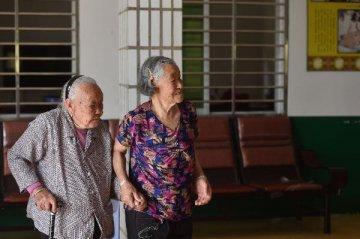 自建、合作、并购抢市场 资本围猎万亿养老产业