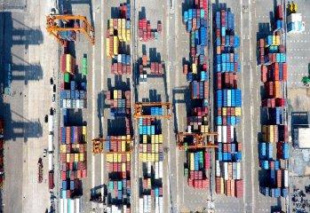 外貿超預期回升 外生動力幫了大忙