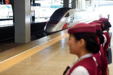 """""""復興號""""今日首發 世界高鐵將有""""中系標準"""""""