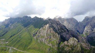甘南紮尕那:深山中的藏寨秘境