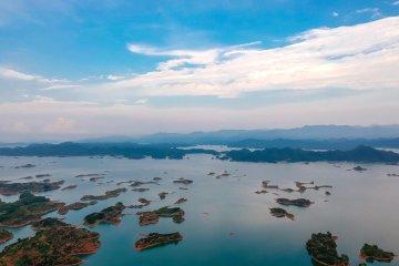 """飛""""閱""""千島湖"""