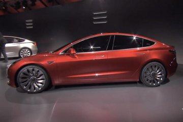 特斯拉电动卡车将延期发布 Model 3日均生产3辆不足计划两成