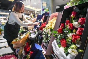 商务部:2013-2017年消费年均增长11.3% 比同期GDP增速快3.2个百分点