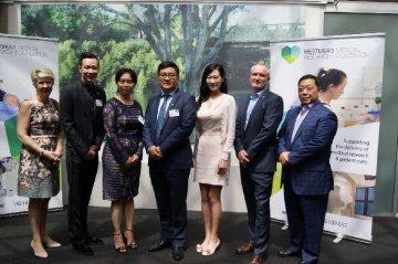 澳大利亚Westmead医学研究基金会委任四位华裔成为名誉大使