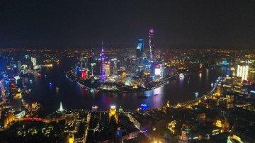 2017年城市年报:14城GDP超万亿 重庆超天津