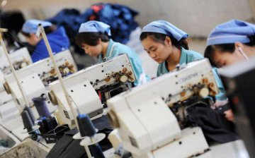 假日因素致資料波動 2月製造業PMI回落 節後經濟將回歸向好態勢