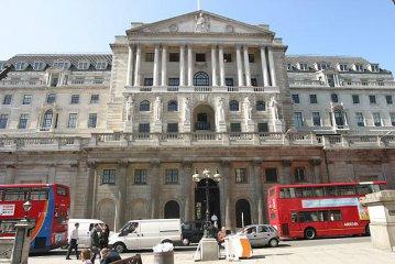 英國央行維持利率不變、下調今年英國經濟增長預期