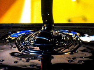 歐佩克超額減產 油價升勢難改