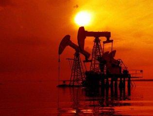 俄羅斯和沙特暗示增產 市場份額之爭致油價震盪